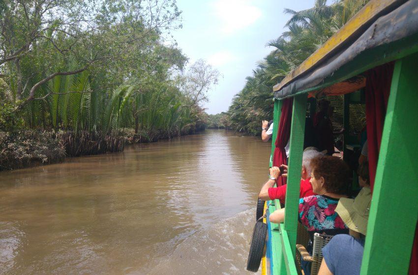 סיכום  טיול בוייטנאם  יום 11 מקדש טיין האו