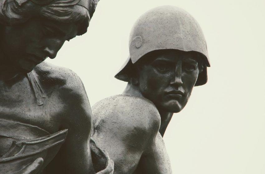בריטניה  לונדון פסלים ואנדרטות