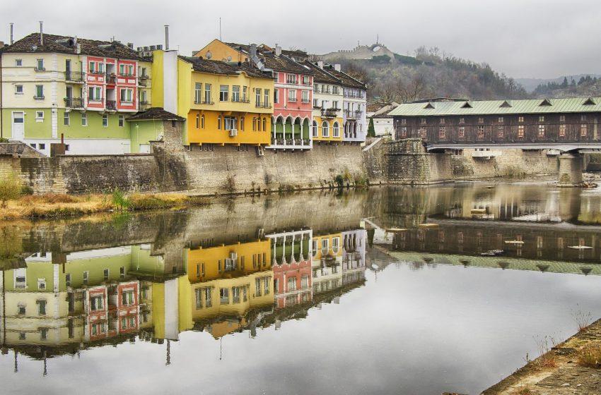 בולגריה לובץ' גשר העץ