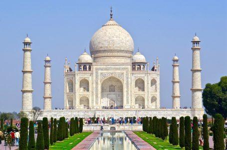 הודו בקצרה